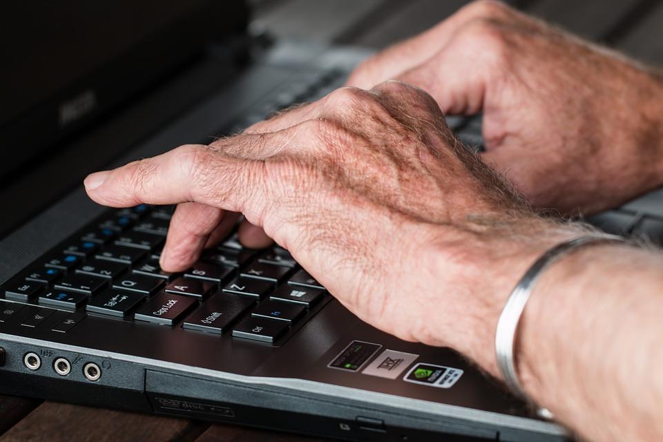 5 règles à respecter pour communiquer auprès de la cible senior