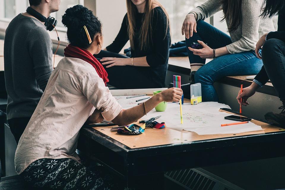 Comment communiquer auprès des comités d'entreprise ?